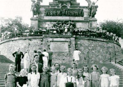 Schulausflug zum Niederwald-Denkmal 1967