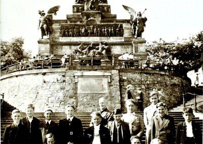 Schulausflug zum Niederwald-Denkmal